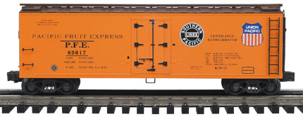 Pacific Fruit Express wood-sided reefer